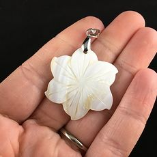 Carved White Shell Flower Jewelry Pendant #5Uwnjkgermw
