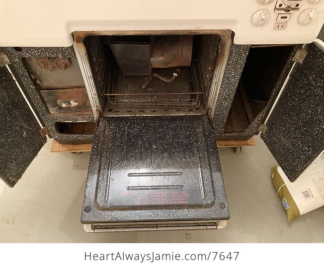 Extremely Rare Collectible 1940s Majestic Dual Wood and Coal and Electric Range - #zjXUoAEiM9k-9