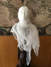 Female Ghost Head Spooky Indoor Halloween Decoration #X1waPgOgpEU