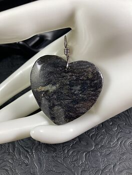 Heart Shaped Black and Pyrite Jasper Stone Jewelry Pendant #FLOFIIK9Epo
