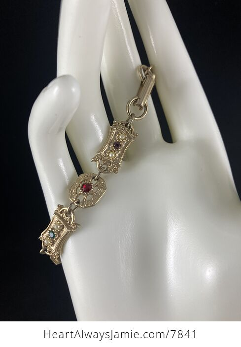 Vintage Sara Coventry Minuet Bracelet with Gems and Gold Toned Links - #Vkzm2MqTEPg-8