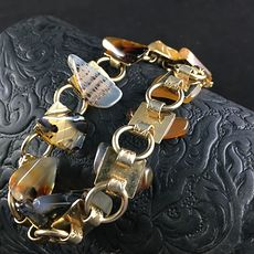 Vintage Scenic Agate Slice and Gold Toned Bracelet #Yk1jkMh7DUI
