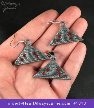 Vintage Silver Toned Ancient Egyptian Pyramid Pendant Necklace and Earrings Jewelry Set #yMKlMp41pZM
